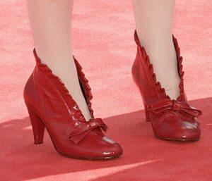 Zapatos abotinados rojos