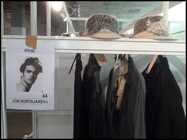 Backstage_Jon Kortajarena_MiriamPonsa_080BarcelonaFashion_2
