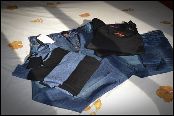 Jeans_Tshirts_pullover_Zara