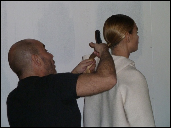 WHO_080 Barcelona fashion_backstage-3