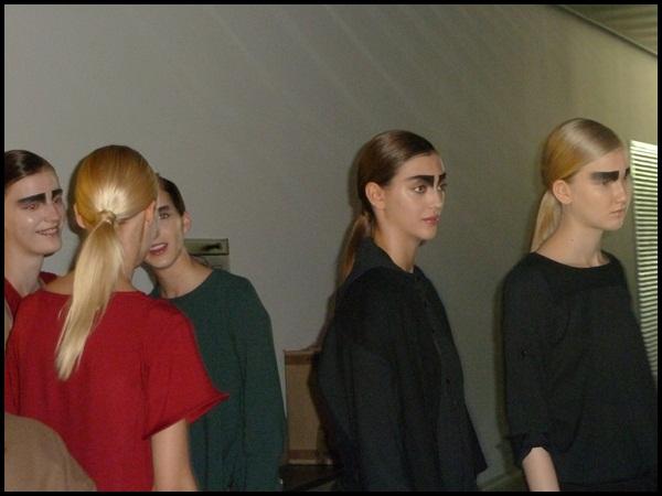WHO_080 Barcelona fashion_backstage-4