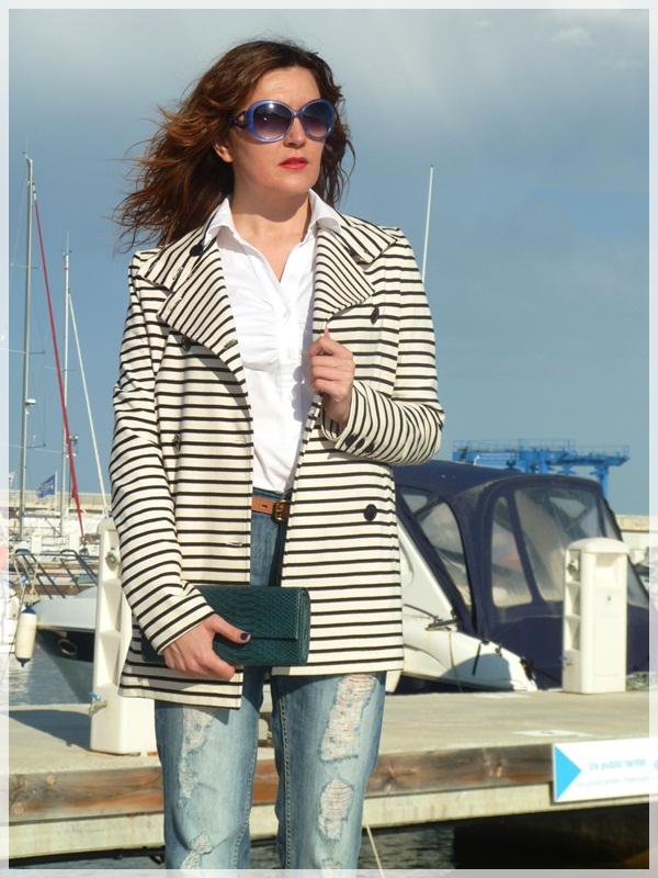 IsabeldePedro_afternoonlook_navycoat2