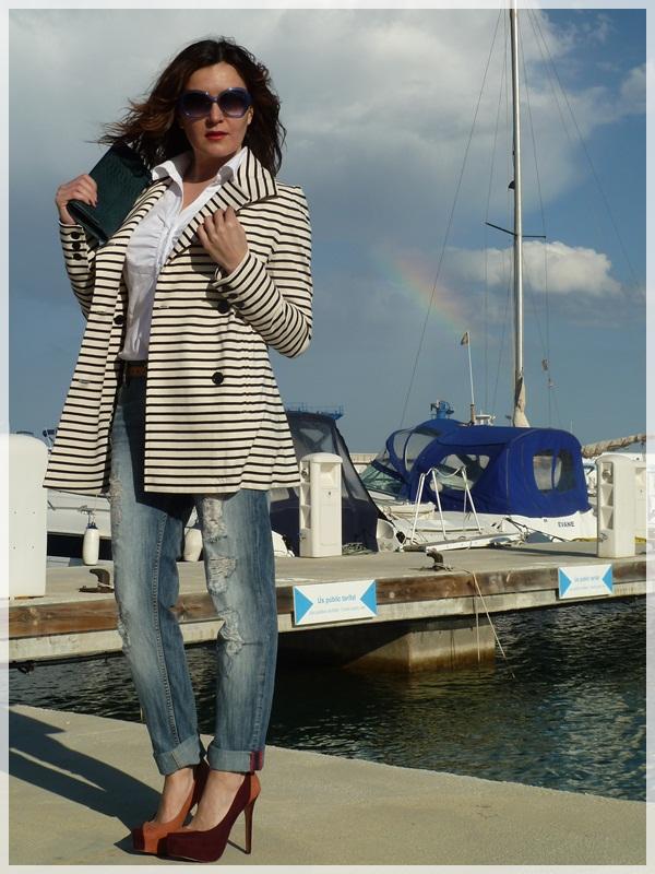 IsabeldePedro_afternoonlook_navycoat3