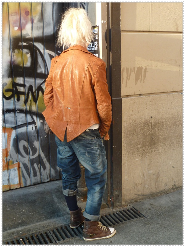 leather_jacket_street_style_barcelona_must have