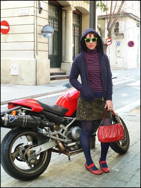 Street_style_look_navy_army_chaqueta_Sfera