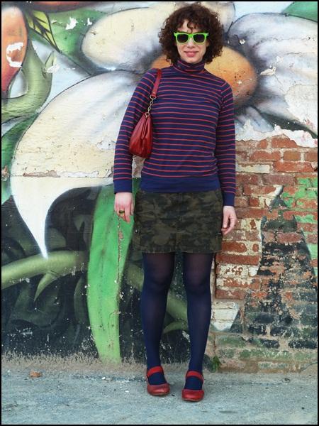 Street_style_look_navy_army_falda_O'neill