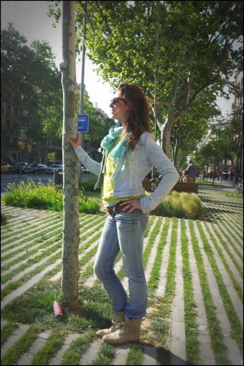 DEnim_on_denim_by_Anna_boots_style