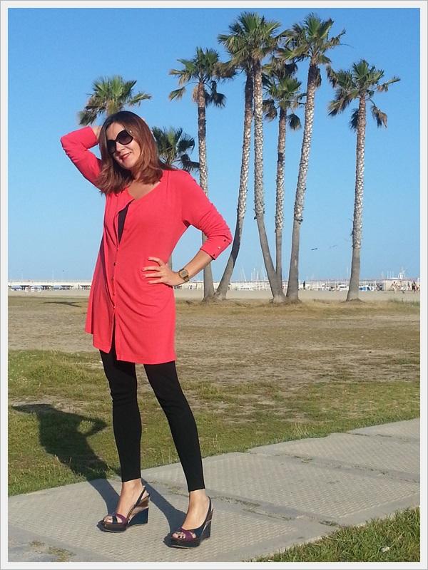 Leggins Zara; zapatos Marisa Rey; camisola Cha de Cores; top tank Zara; Sant Joan; Tarragona (2)