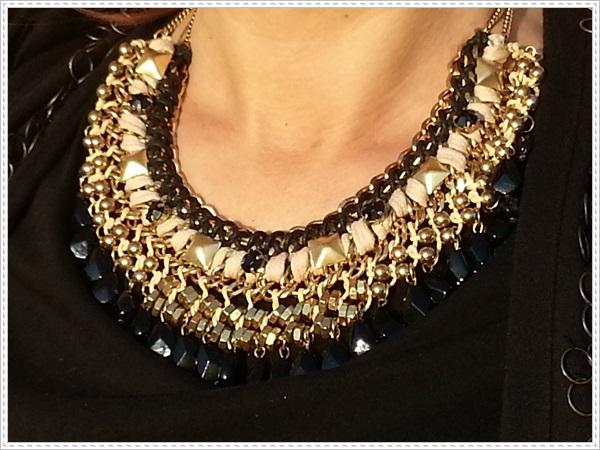 Street style Falda rosa Primark; Camiseta Polca; Chaleco Stradivarius, Collar Top Zara (6)
