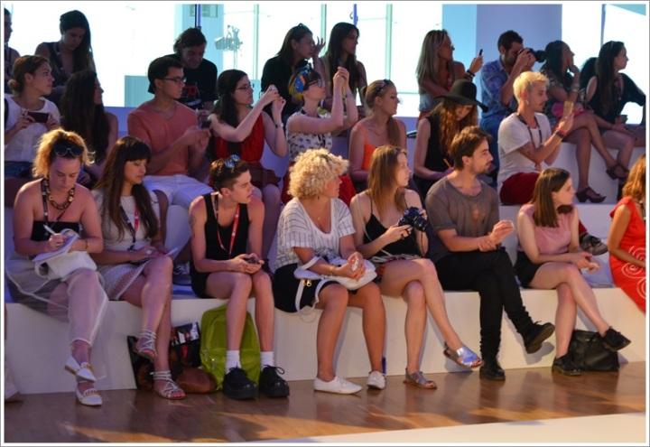 080 Barcelona Fashion SS 2014 Front Row - Cuida tu Imagen (4)