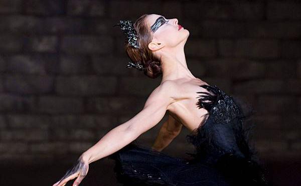 Cisne negro-Cuidatuimagen-Historia de un Tutu (4)