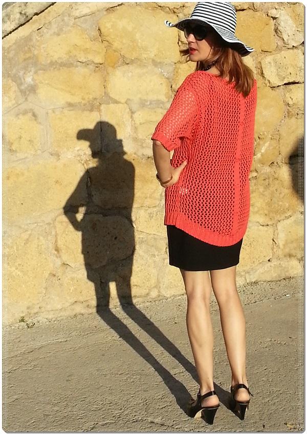 Jersey Cha de cores, falda Silvian Heach, zapatos Purificación garcia, beach street style (6)
