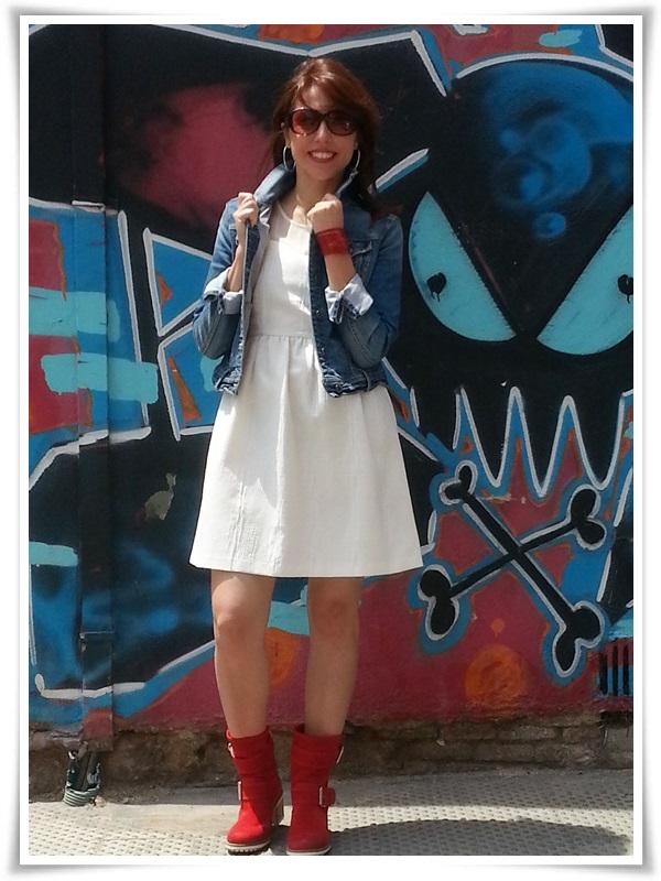 Vestido Zara Basic; Botas Hangar (made in Spain); Cazadora Stradivarius; Pulsera Cuple; Gafas Sphera (2)