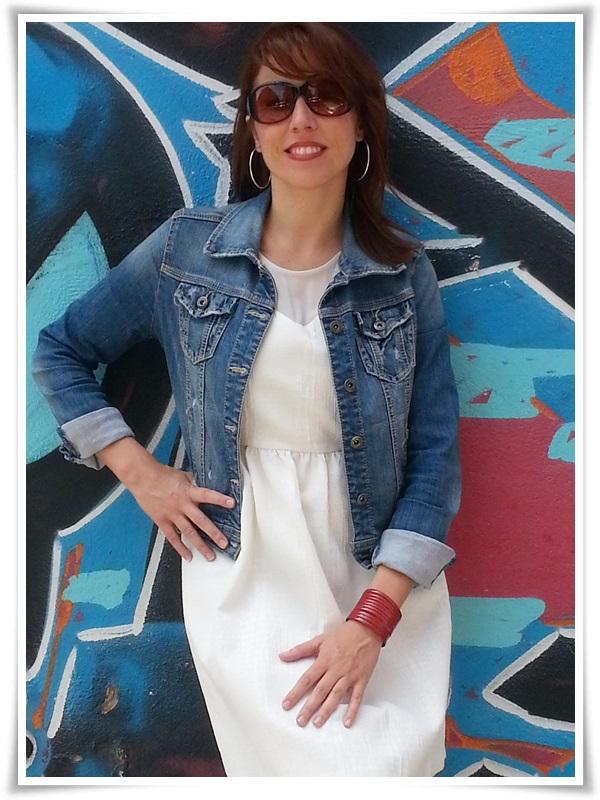 Vestido Zara Basic; Botas Hangar (made in Spain); Cazadora Stradivarius; Pulsera Cuple; Gafas Sphera (4)