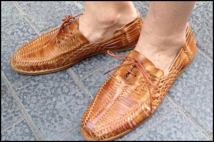 Lo Primero Que Me Encontré al Abrir el Armario - Zapatos Jeffrey capbell