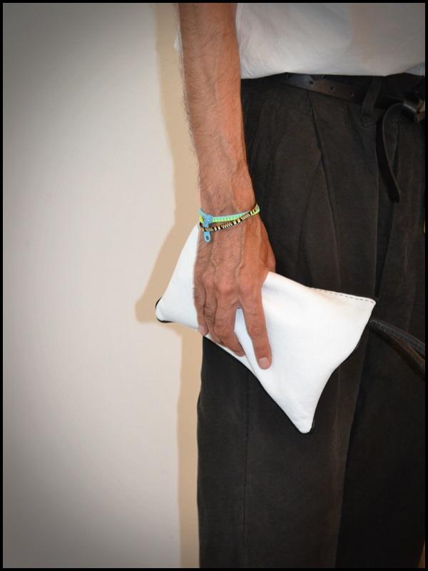 Pantalones Sigman Cucala  Camisa Cos  Zapatos Caboclo  Gafas Gsevenstars  Pulsera Domingo Ayala  Bolso Uashmama (4)