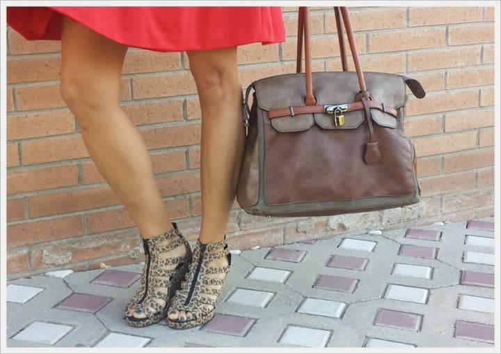 Cuidatuimagen, copia el look, falda Primark, camiseta Sfera, Cazadora Formula Joven, Zapatos Lost & Found market (3)
