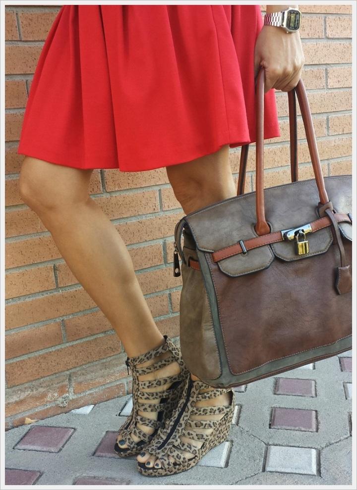 Cuidatuimagen, copia el look, falda Primark, camiseta Sfera, Cazadora Formula Joven, Zapatos Lost & Found market (4)