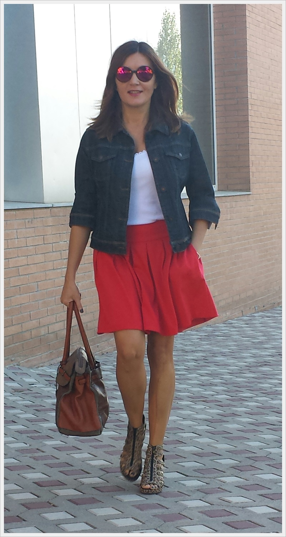 Cuidatuimagen, copia el look, falda Primark, camiseta Sfera, Cazadora Formula Joven, Zapatos Lost & Found market (6)