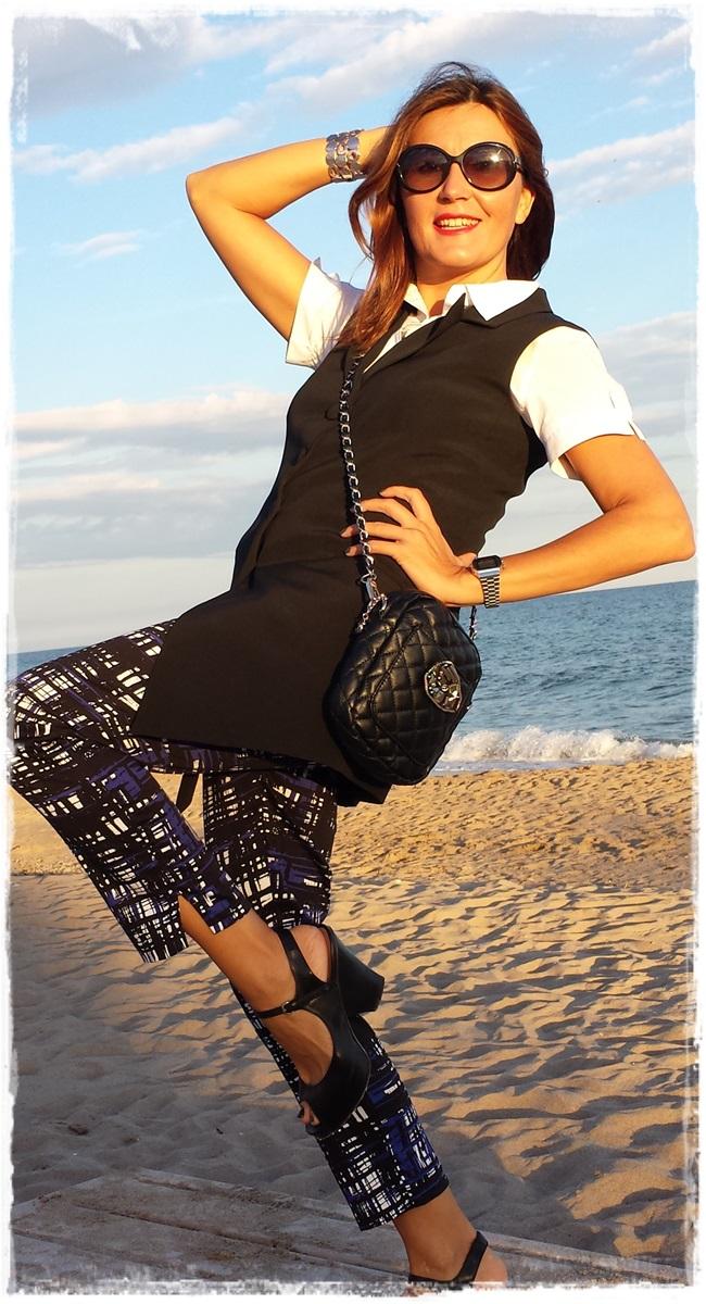 Pantalones H&M, chaleco vintage, camisa Amichi; zapatos Pura Lopez, bolso local store customizado 3
