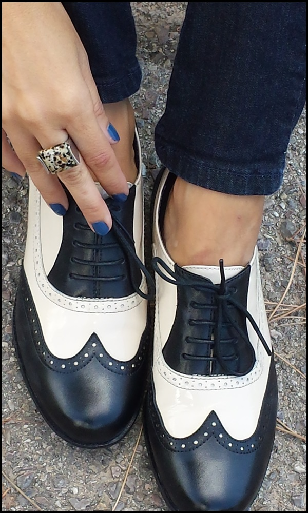 Cuidatuimagen, pantalones Stradivarius, Camisa London, Chaleco vintage, zapatos Clarks (4)