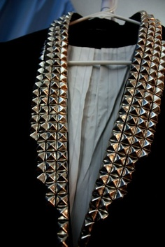 DIY Blazer cuello de tachuelas