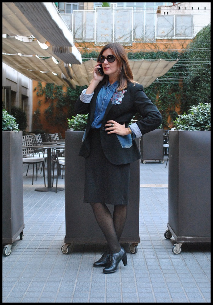 Cuida de ti, cuida tu imagen, corporate look, falda Naf Naf, Camisa tejana Stradivarius, Blazer Zara, zapatos To Be, jardines Hotel Gallery