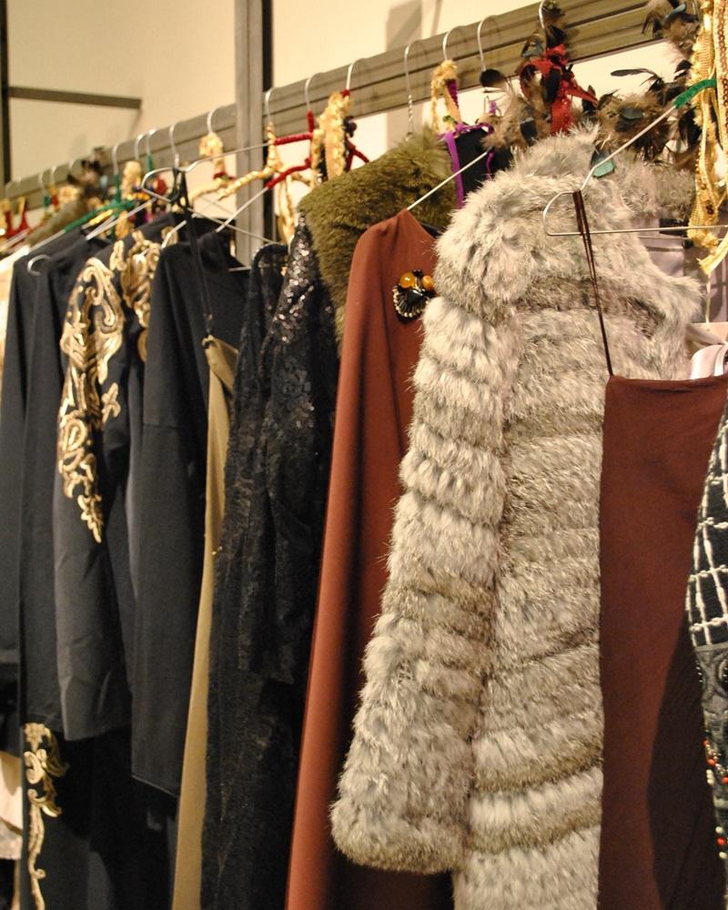 Cuidatuimagen, Showroom Lío de Faldas, traje Isabel de Pedro, evento fashion bloggers, bloggers Fashion Date by Lio de Faldas, Barcelona (16)