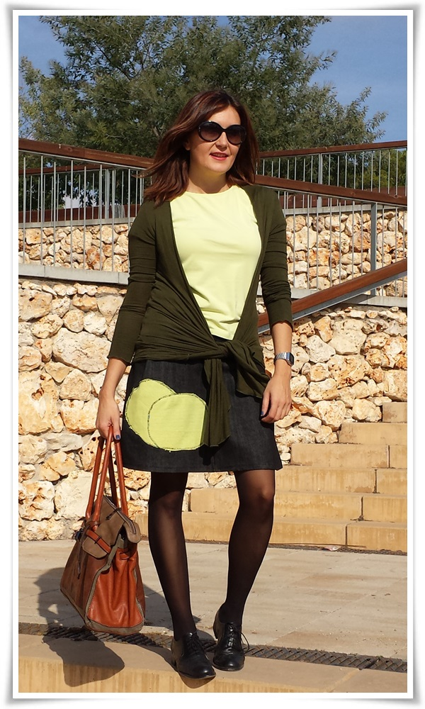 Cuidatuimagn, street style, falda DIY, bolso local shop, chaqueta Sfera, Camiseta Massimo Dutti; medias Calzedonia, Oxford Sita Murt