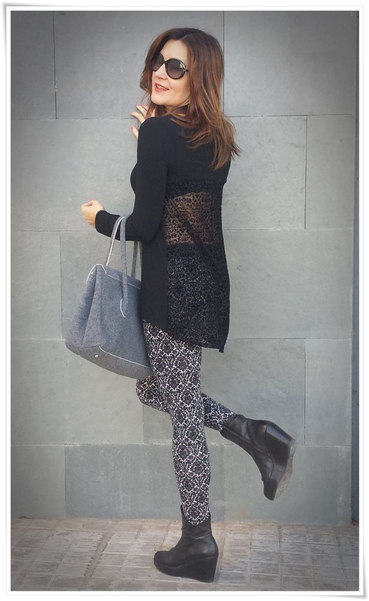 Cuidatuimagen, leggins barrocos, camiseta transparente, bolso Birkin-like; Tezenis; looks, trendy looks, leggins looks4