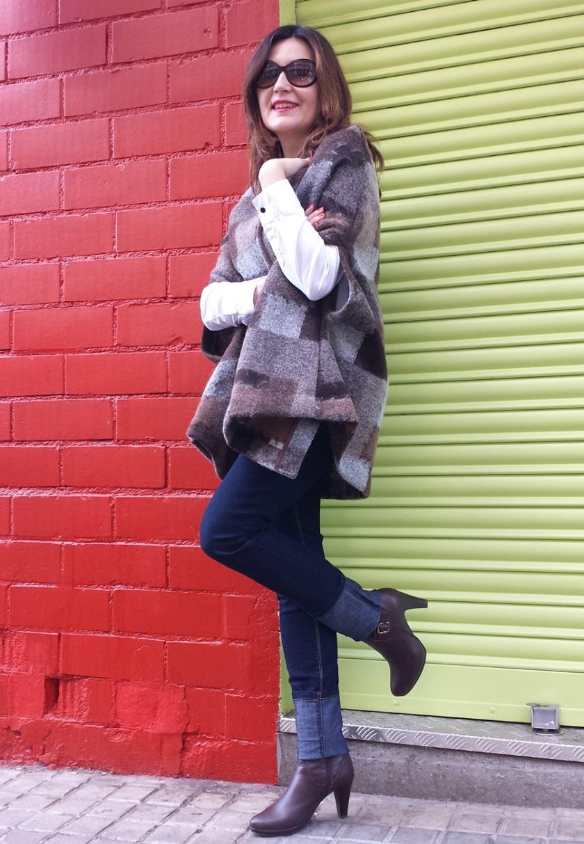 Cuidatuimagen, capeando el temporal, capas, trendylooks, capes, autumn looks, bimba&lola bags (4)