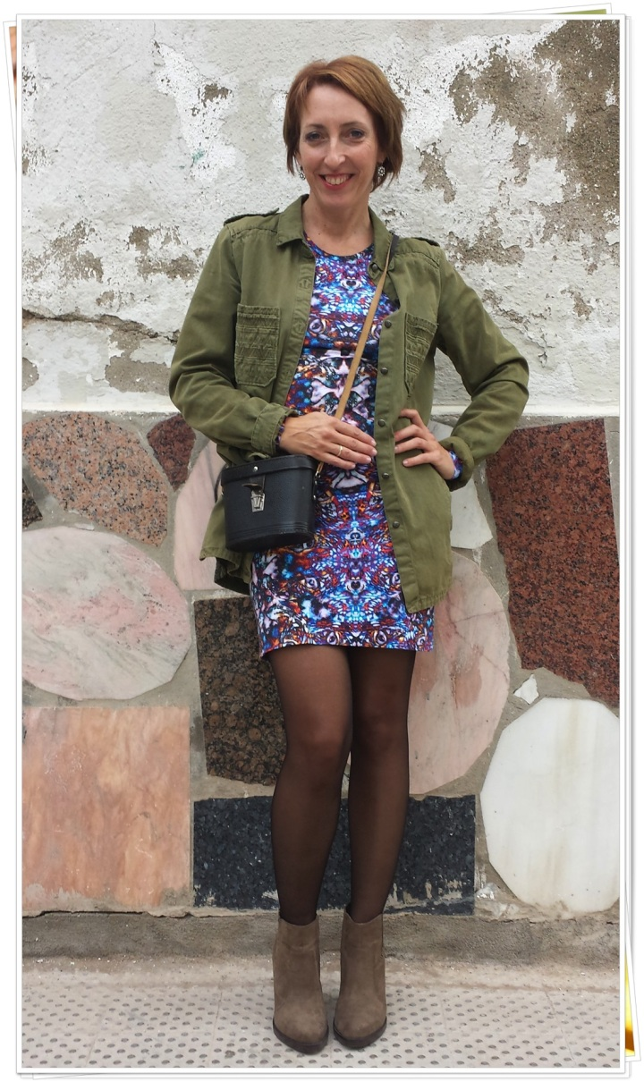 Cuidatuimagen, vestido Asos, bolso vintage, vamisa militar Zara, botas Zara, trendy looks, winter looks, it.girl, on.line buys3
