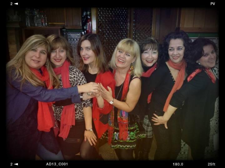 Cuidatuimagen Enamorados night, lovely friends