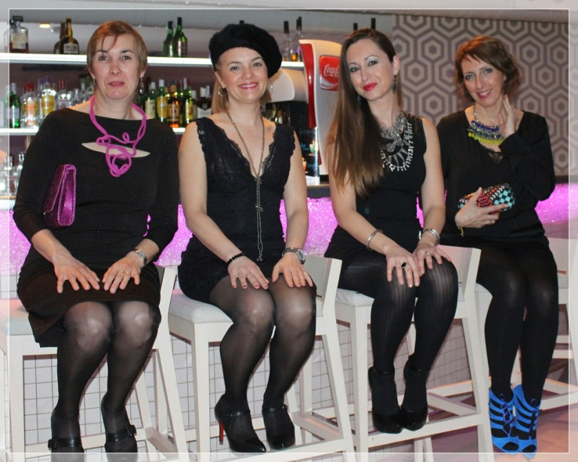 GRUPO-4, LBD, accesorize, it girls, trendy looks