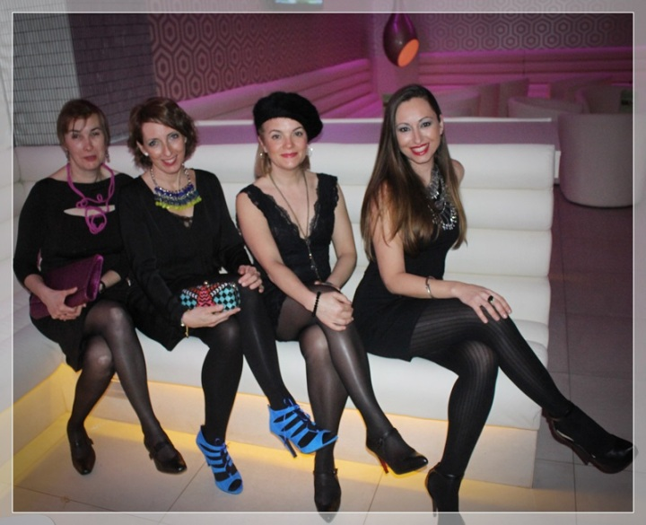 GRUPO-6, LBD, accesorize, it girls, trendy looks