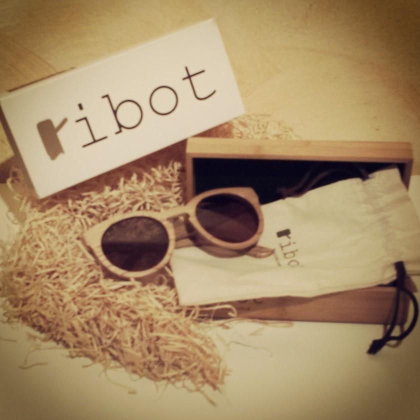 Cuidatuimagen, Ribot Sunglasses, Barcelona, gafas de madera, spring look
