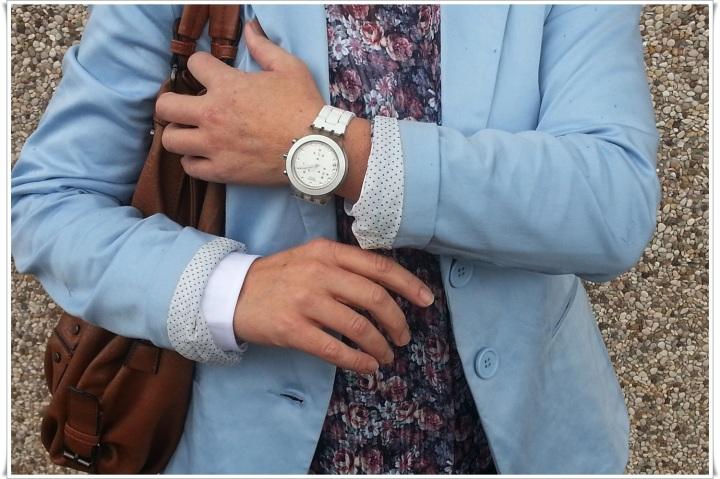 Blazer azul pastel Stradivarius, Camisa Stradivarius, Pantalones Zara, Bolso Misako, Reloj Swatch, Zapatos Shoto made in Italy by Stefano Medori  4