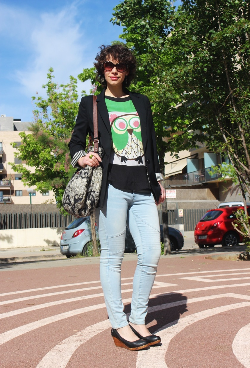 Americana Easywear El Corte Inglés, Camiseta Buho Zara, Tejanos H&M, Zapatos Pull & Bear, Bolso Encants Vells, spring looks, Cuida de ti, Cuida tu imagen (4)