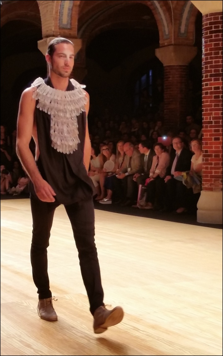 Cuida de ti, cuida tu imagen. 080 Barcelona Fashion, catwalk, front row, Zazo&Brull, SS 20157