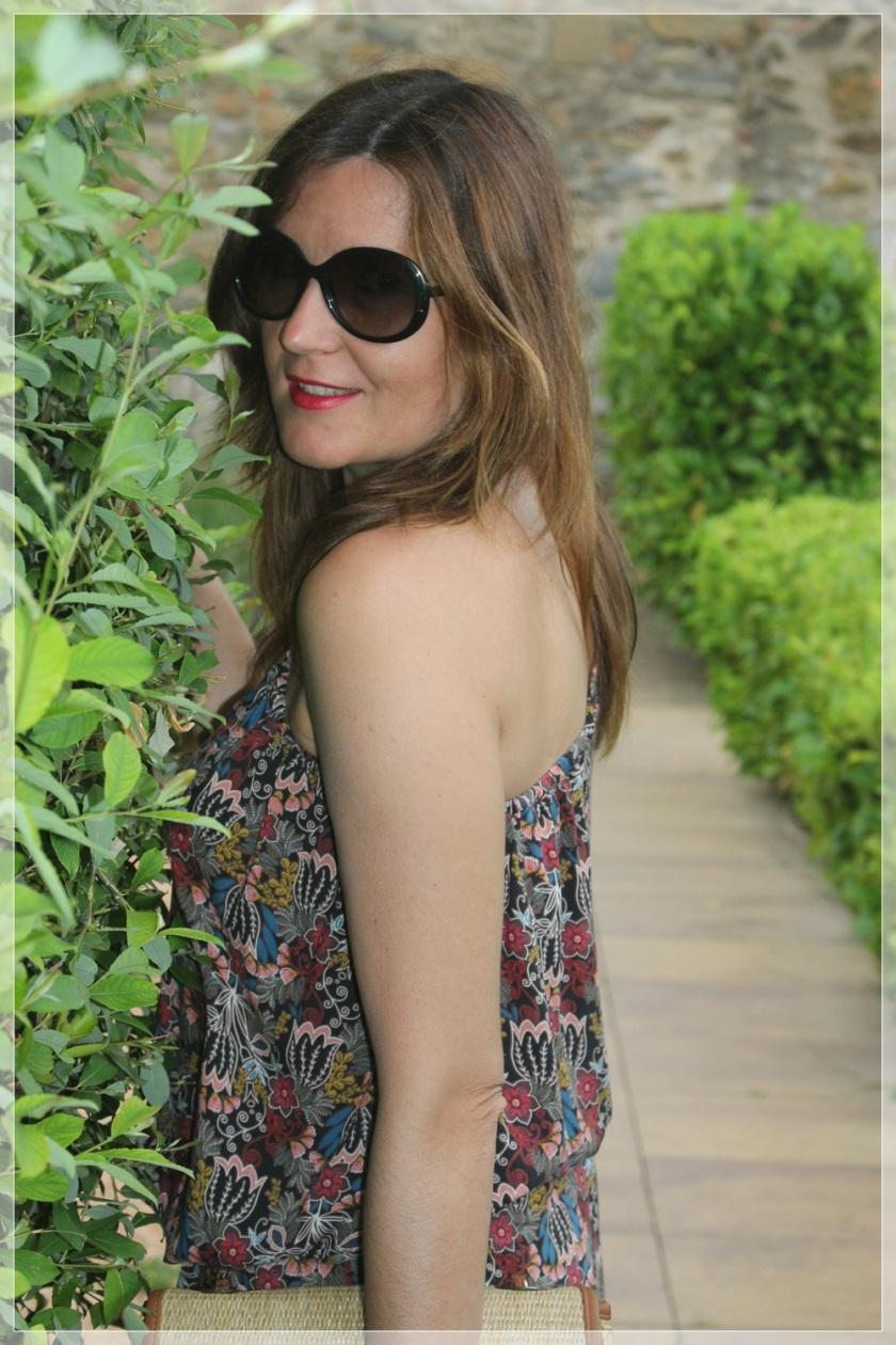Cuida de ti, cuida tu imagen, street style, looks, Hotel Ses Arrels, Palamos, Asymmetric blouse, urban style10