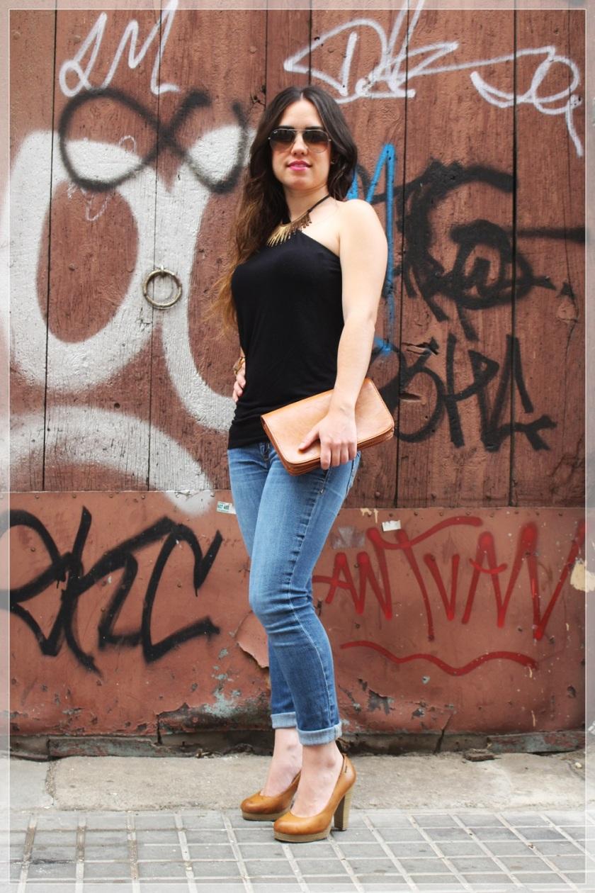 Cuida dde ti, cuida tu imagen, summer looks, looks de verano, trends, Pantalón Hollister, Camiseta Bershka, Zapatos Mustang, Bolso Misako, Collar Stradivarius,  Reloj Michael Kors,Gafas Rayban 2