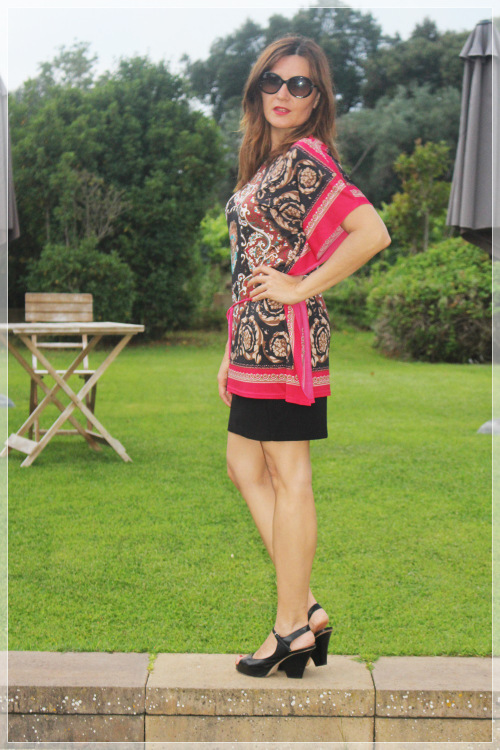 cuida-de-ti-cuida-tu-imagen-summer-looks-trendy-looks-looks-de-verano-trends-falda-silvian-heich-camiseta-vintage-zapatos-pura-lc3b3pez-3