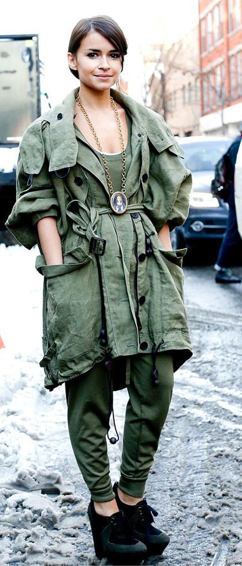 Cuida de ti, cuida tu imagen, tendencias otoño 2014, trendy looks auti¡umn 2014, khaki colour, military style 222