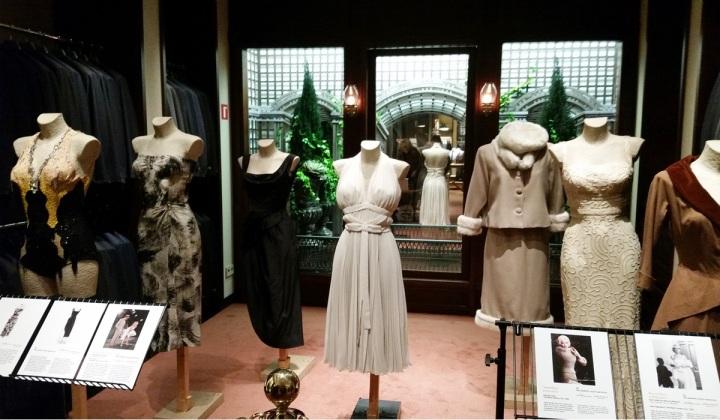 1 - Santa Eulalia, Cuida de ti, Cuida tu imagen, Barcelona Shopping Night, Dorados Años 20, Santa Eulalia, Colección Marilyn Monroe (3)