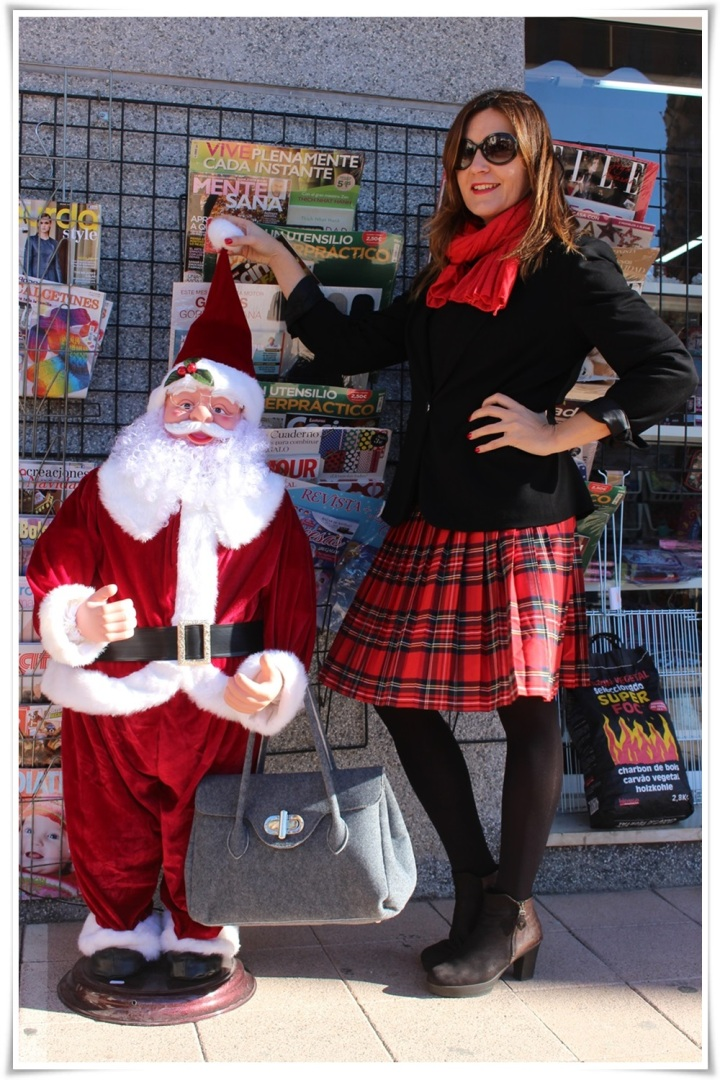 Cuida de ti, cuida tu imagen, falda tartán, escocesa, scotish, street style, winter looks 3