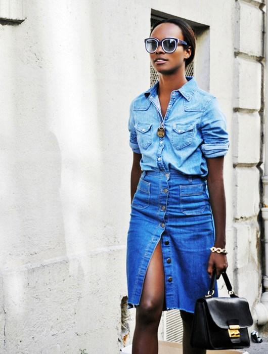 Cuida de ti, cuida tu imagen, Tendencias primavera, spring, summer, trends, denim skirt, falda tejana abotonada, street style 2