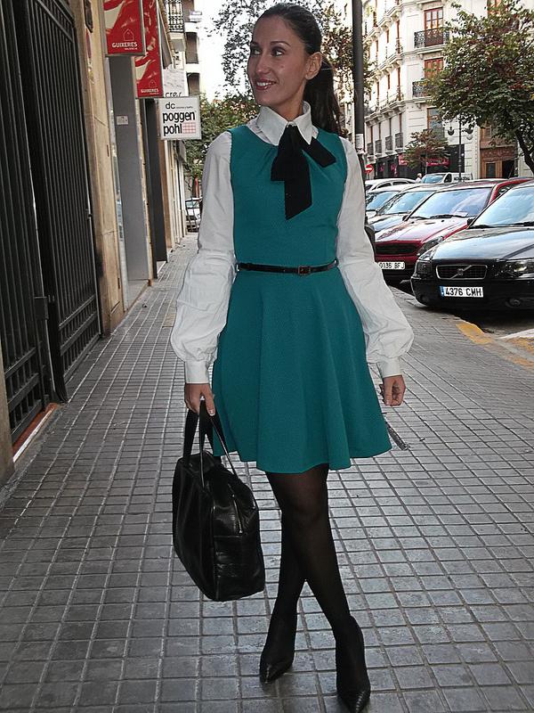 Cuida de ti, cuida tu imagen, Camisa blanca, lazada negra, tendencias otoño invierno SS2015, trends, black or white 6399