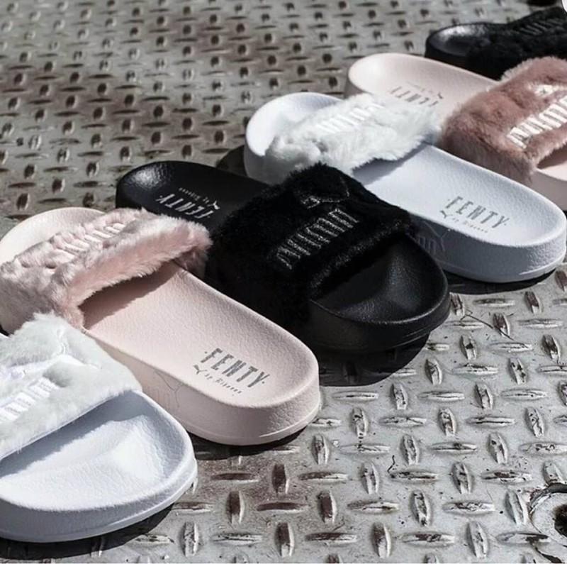 Cuida de ti, cuida tu imagen, Furry Sandals, el retorno del yety, modas locas, tendencias absurdas, zapas peludas by Rihanna