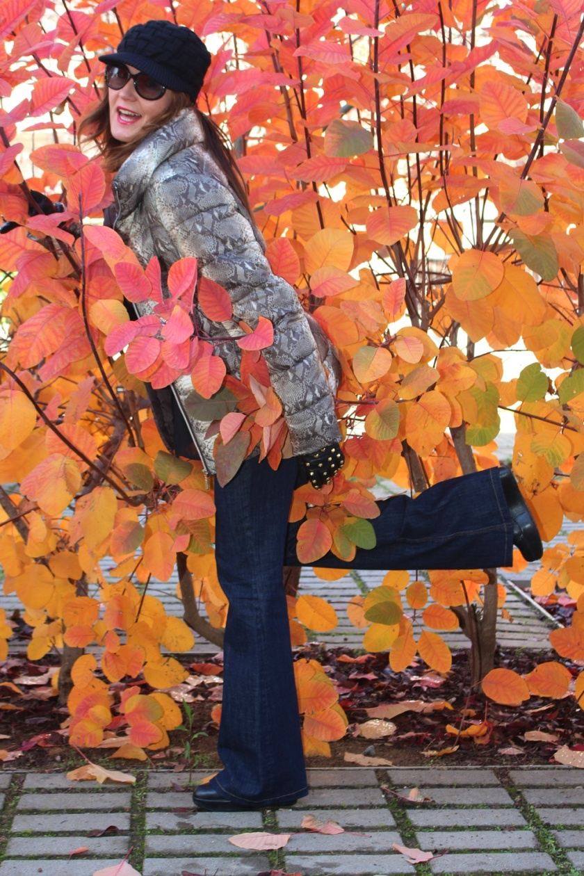 cuida-de-ti-cuida-tu-imagen-tendencias-trends-plumas-plumones-plumiferos-ligeros-autumn-trends-looks-street-style-3
