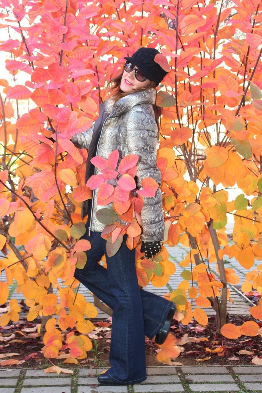 cuida-de-ti-cuida-tu-imagen-tendencias-trends-plumas-plumones-plumiferos-ligeros-autumn-trends-looks-street-style-5